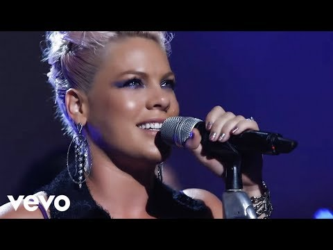 P!nk – Slut Like You (The Truth About Love – Live From Los Angeles)