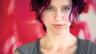 Ani DiFranco - Pulse + lyrics HQ