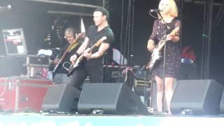"The Joy Formidable ""Cradle""  Live Glastonbury 2010"