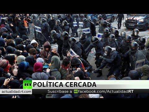 Protestas y enfrentamientos en Cataluña por reunión del Gobierno español
