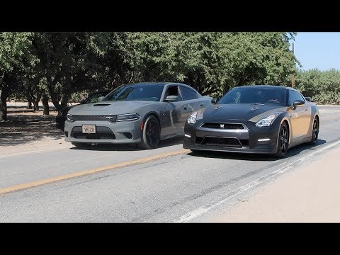 Dodge HELLCAT vs Nissan GTR