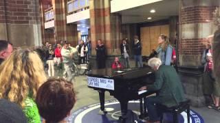 Random encounter between 3 amazing artists @ Amsterdam Central Station