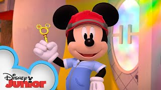 Mickey's New House 🏠 | Mickey Mornings | Mickey Mouse Mixed-Up Adventures | Disney Junior