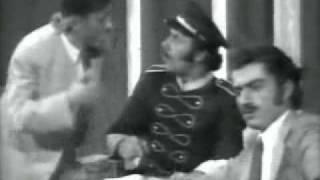 تحميل اغاني Sahriye - Ziad Rahbani (7/10) مسرحية سهريه - زياد رحباني MP3