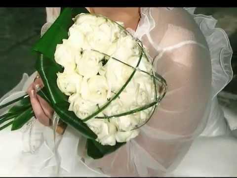 Στολισμοί γάμου: εκκλησίας και λαμπάδων
