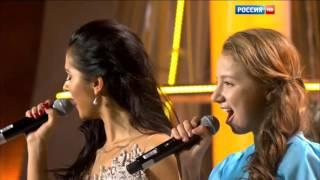 Соня Лапшакова & Нюша - Ангел (Рождественская Песенка Года 2016)