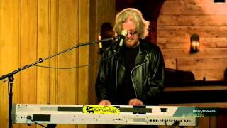 """Babs and Babs"" - Ben Folds and Daryl Hall - ""Live From Daryl's House"" - May 7, 2015"