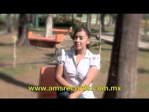 Los Armadillos - Elenita (Video Official)