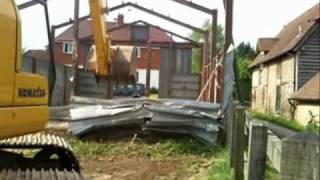 preview picture of video 'Ray Robinson Demolition Salisbury'