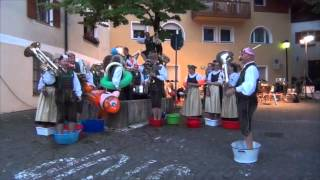 preview picture of video 'Cold Water Challenge 2014 der Musikkapelle Auer'