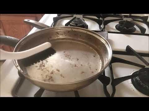 Easiest Way to Clean A Burned Pan