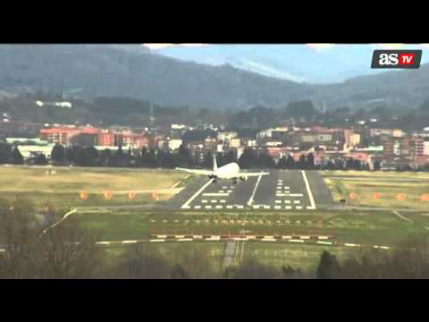 Seriously, Don't Watch This Aeroplane Landing If You're Afraid Of Flying