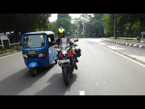 HONDA CB500X: Review in Jakarta!
