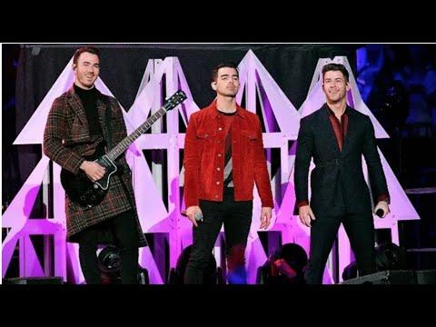 Jonas Brothers Live Performance at #Z100JingleBall #iHeartJingleBall 2019