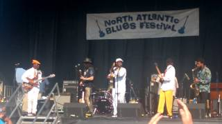 """Biscuit Miller-Anthony Gomes and Kingfish """"getting funky"""" @ the 2017NABF"""
