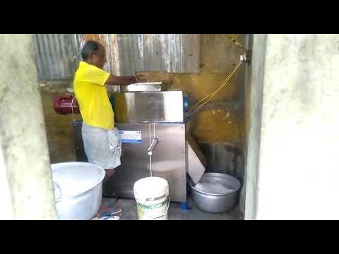 25 Kg/Hr Coconut Milk Extractor