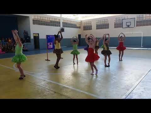 As bailarinas mais lindas de Atílio vivacqua parabéns