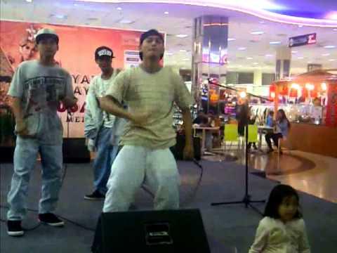 Konser Agoz Dha Beat_Hidup ini Ft Jabal M-Irfan Rapz