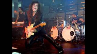 Yngwie Malmsteen - Facing The Animal (Solo)