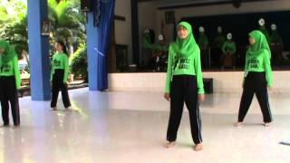 preview picture of video 'Pagelaran Seni Budaya kelas X SMA N 1 TEGAL ver. 1'