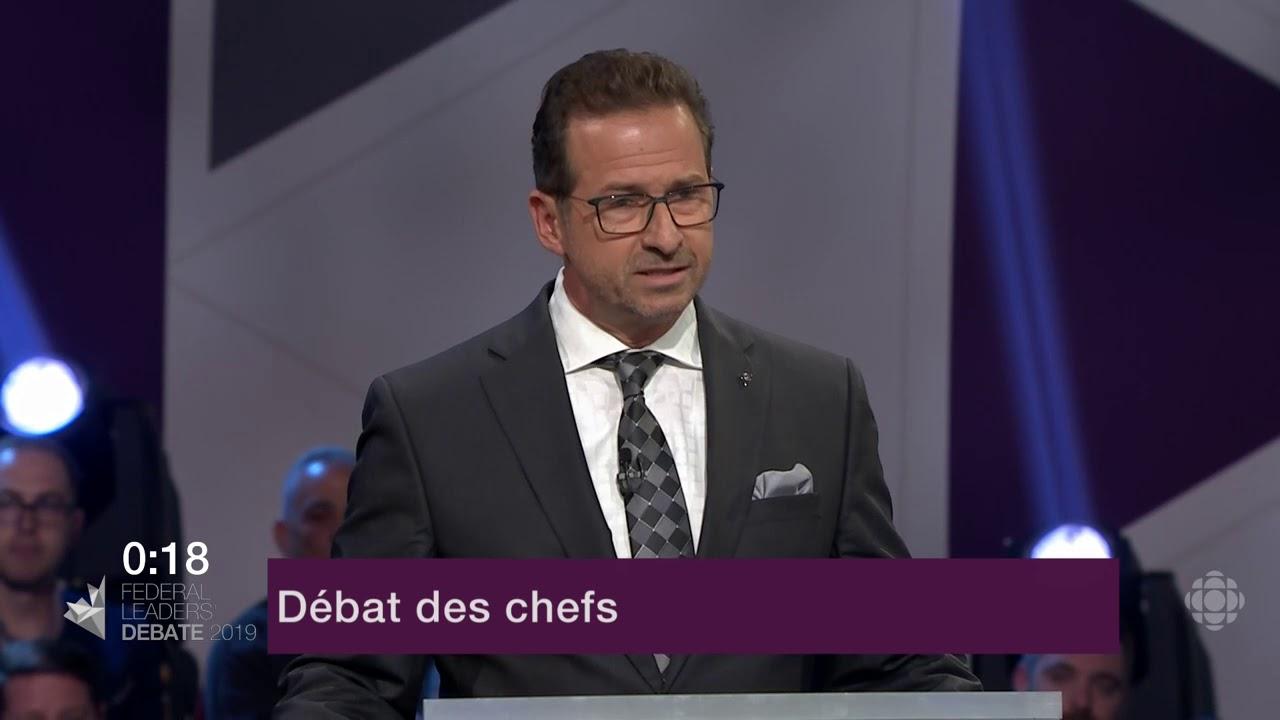 Yves-François Blanchet répond à la question d'un citoyen sur le Canada dans le monde