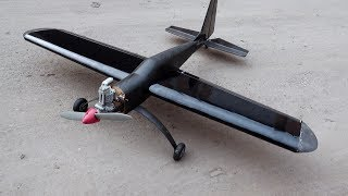 Roll the plane in carbon and high-strength chassis.