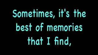 The Downtown Fiction - Oceans Between Us (with lyrics)