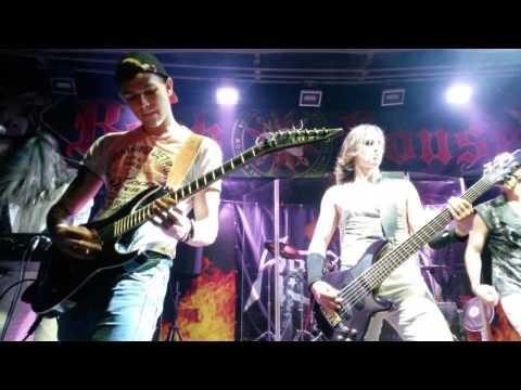 Арктида (Сергей Лобанов) - Уходи + Антон Волобринский, live Rock house 09.09.2016