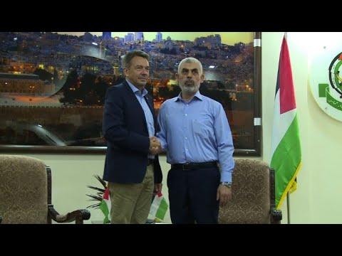 رئيس اللجنة الدولية للصليب الاحمر يلتقى السنوار في غزة