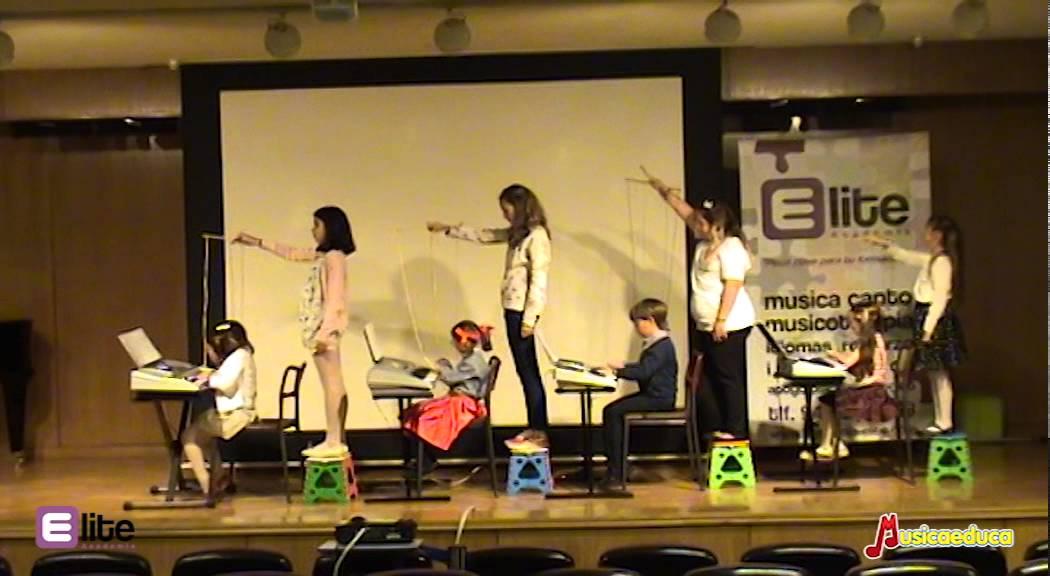La marioneta vieja - Grupo de alumnos de Mi Teclado 2 - Academia Elite