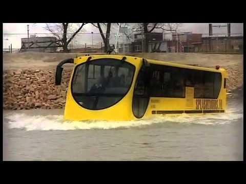 אטרקציה תיירותית: אוטובוס על המים