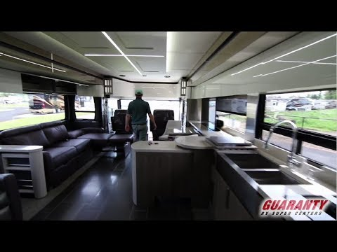2019 Winnebago Horizon 40 A Class A Luxury Diesel Motorhome