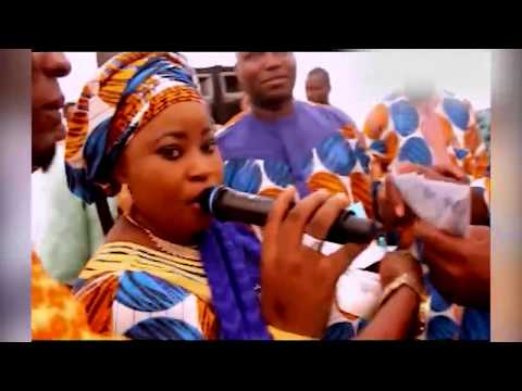 Download AMINAT AJAO OBIRERE AND  MUKAILA AYINLA PERFORMED ON STAGE LIKE NEVER BEFORE HD Mp4 3GP Video and MP3