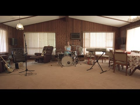 YouTube video: Julia Jacklin: Pressure to Party