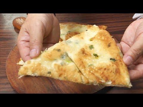 傳統上海小食蔥油餅  厚薄適中好重要 | 東張西望