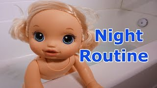 BABY ALIVE Layla's Night Routine, Play Time, Dinner, Bath Time & Jammies!