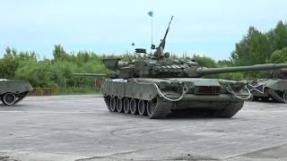 Сергей Фургал посетил площадку международного военно-технического форума