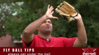 Fielding Tips: How To Catch A Fly Ball With Carlos Lee