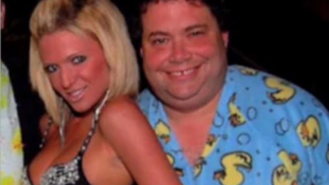 GOPer Sued Over Wet Dreams, Drunk Threesomes & A Dirty Website thumbnail