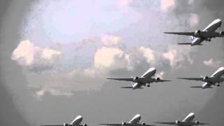 ジャンボ機接近│クローン動画ジャンボ機の連続飛行