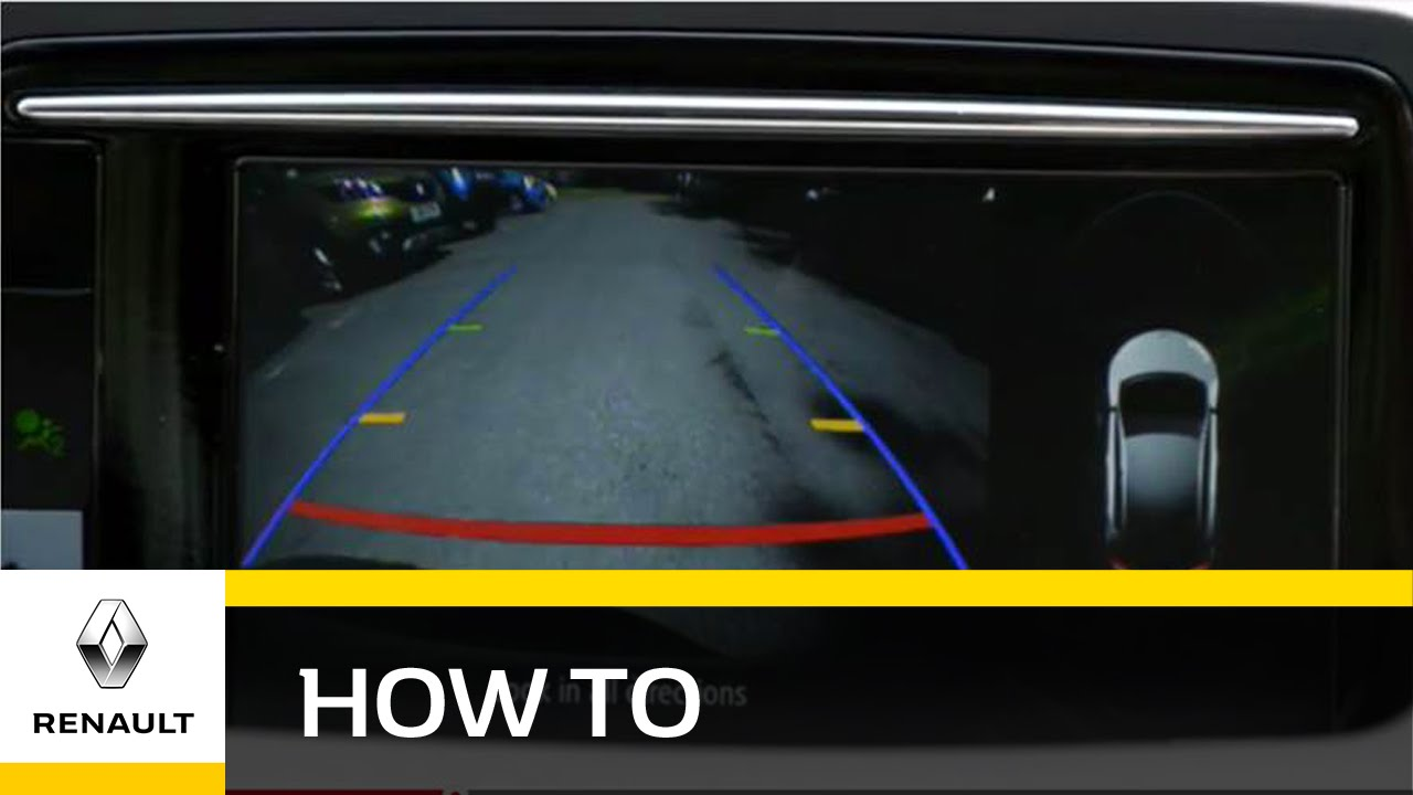 How do I use the reverse and park camera in the Megane Hatch?