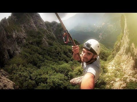 Altalena Monte Forato - Rope Swing Italia | Extreme Adventure - Ferrata e Arrampicata POV - Lucca
