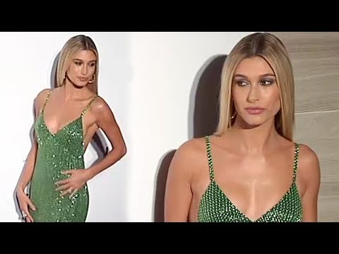 Hailey Baldwin Without Justin Bieber At The Daily Front Row's 6th Annual Fashion Media Awards