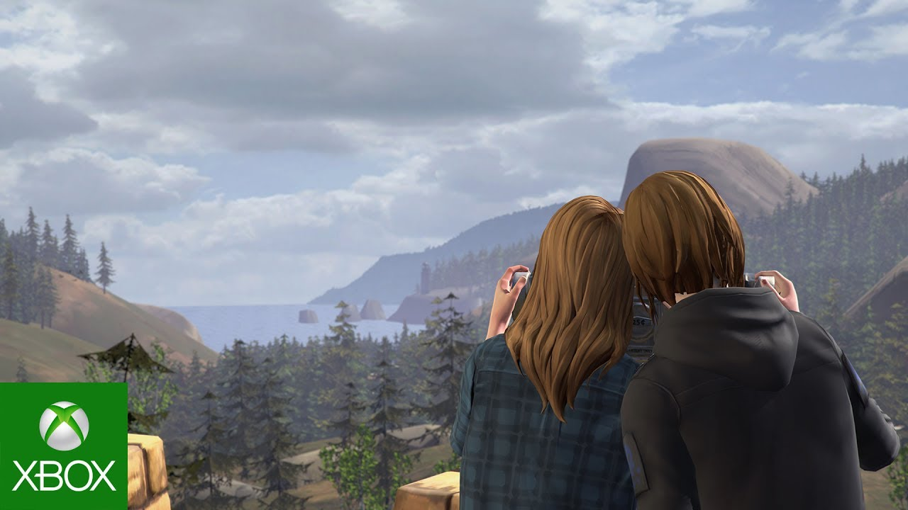 Rachel and Chloe together look over at Arcadia bay