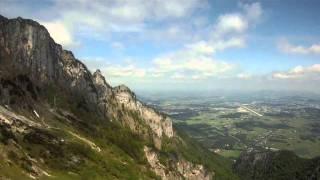preview picture of video 'Untersberg Cablecar near Salzburg Austria'