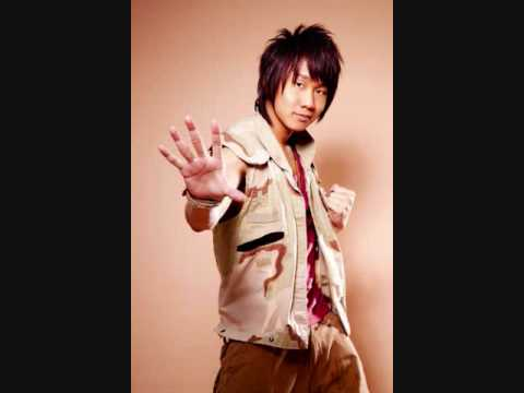JJ Lin- Bu Liu Lei De Ji Chang (With Pin Yin Lyrics)