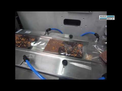 Packaging of chocolate in flowpacks
