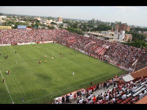"""""""San Martin de Tucumán vs Guaraní (Gran recibimiento)"""" Barra: La Banda del Camion • Club: San Martín de Tucumán"""