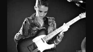 """I'll be your man"" Anna Calvi (live)"