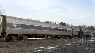 preview picture of video '[HD] Amtrak Maple Leaf Train 63 at Fonda, NY'